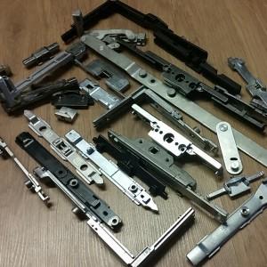 --Tilt & Turn Gearing - Aluminium